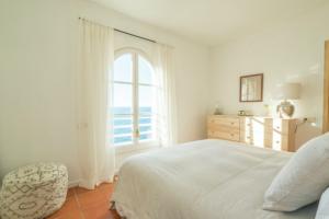 5 Cala Vadella Ibiza