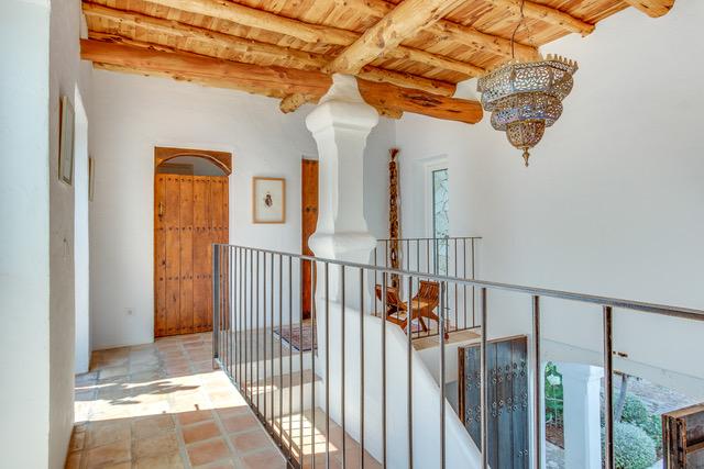10 Villa Santa Eularia