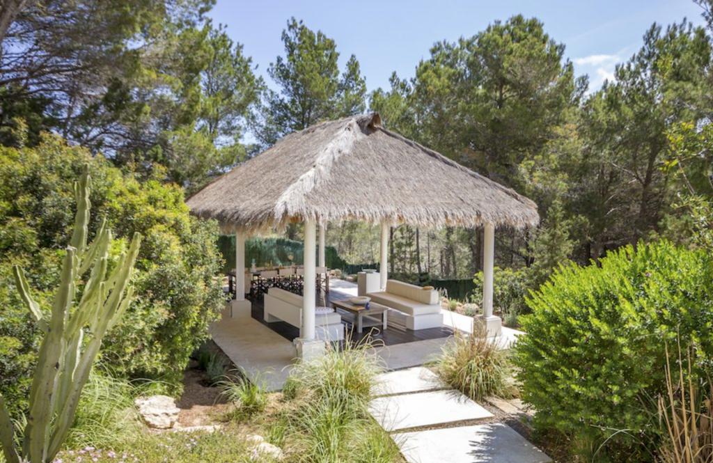 10 Villa Es Cubells