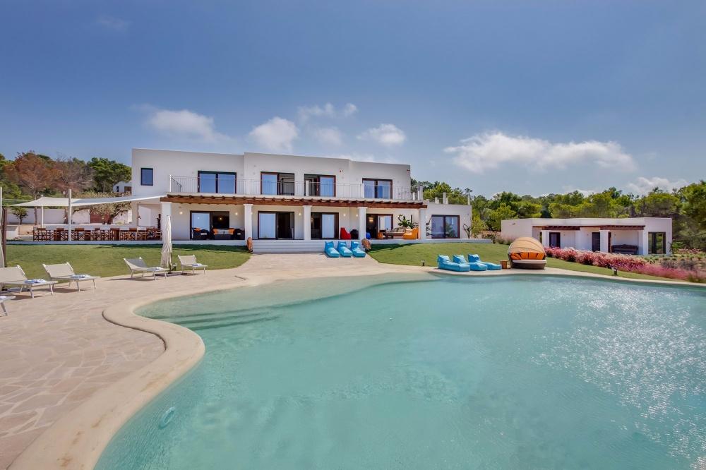 2 Villa Cala Comte