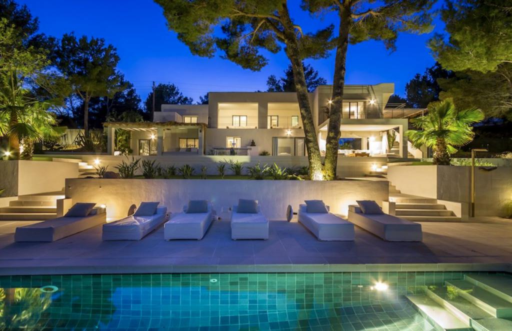 35 Villa Es Cubells
