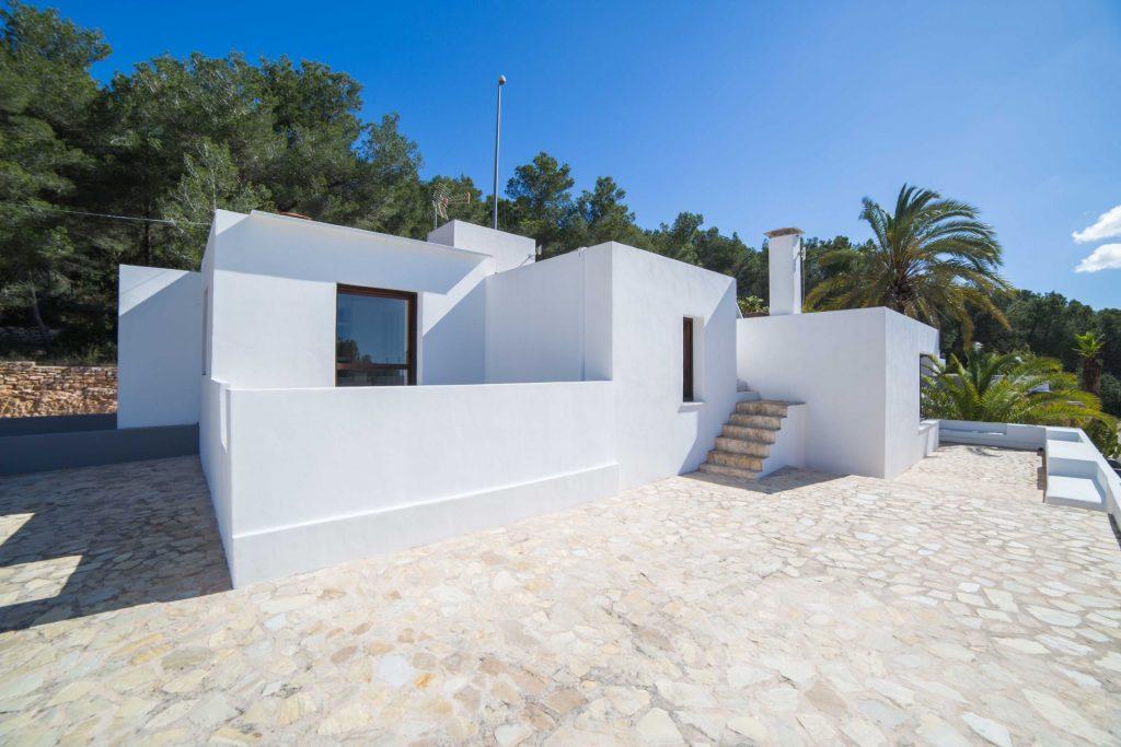 39 Ibiza