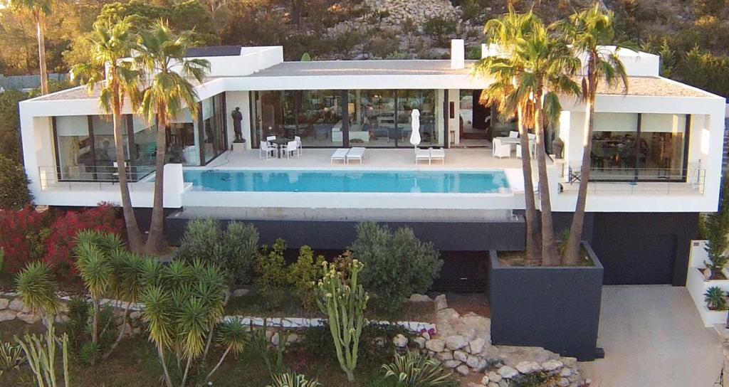 7 Villa Es Vedra