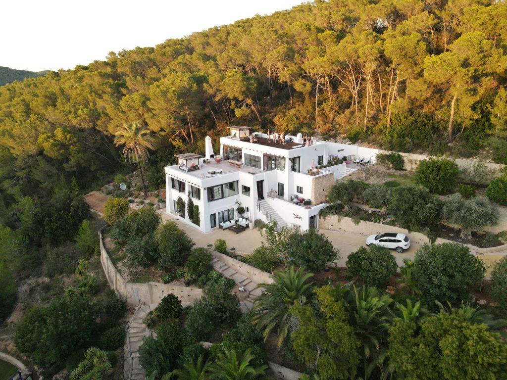 17 Ibiza Kingsize.com