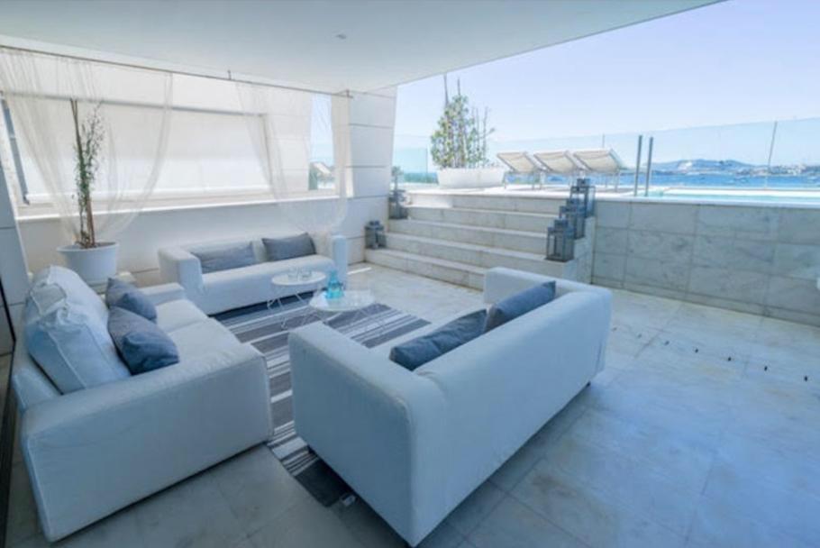 12 Ibiza Kingsize Apartment Es Pouet