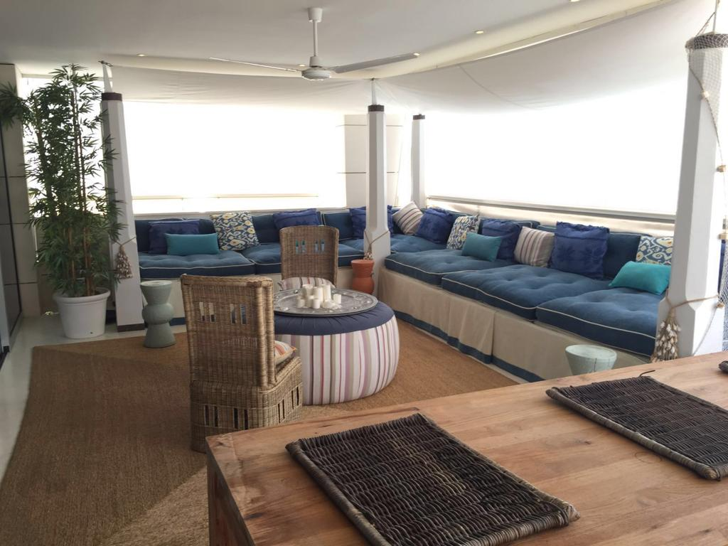 13 Ibiza Kingsize Apartment Es Pouet