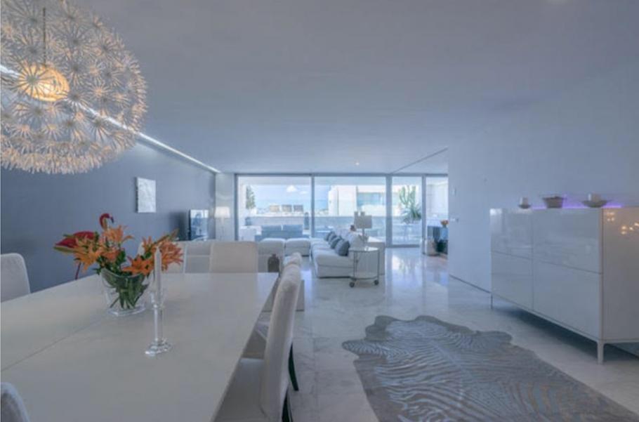 14 Ibiza Kingsize Apartment Es Pouet