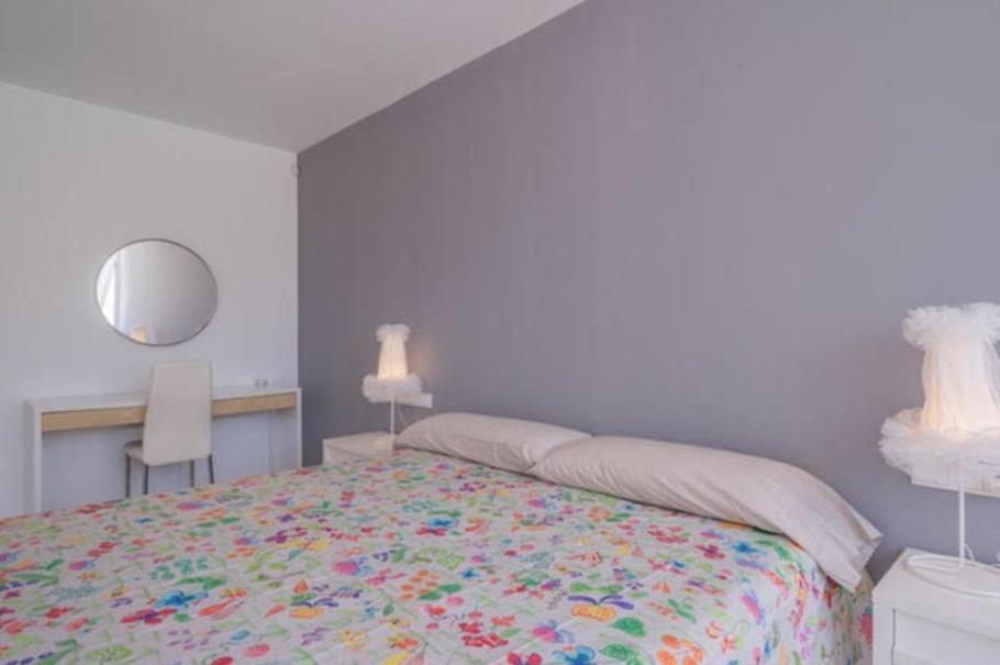 15 Ibiza Kingsize Apartment Es Pouet