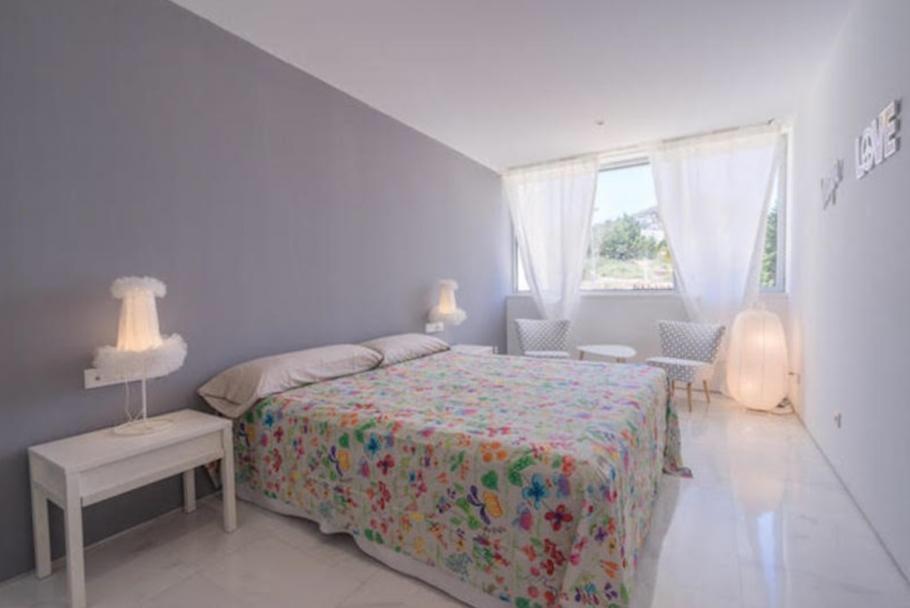 16 Ibiza Kingsize Apartment Es Pouet