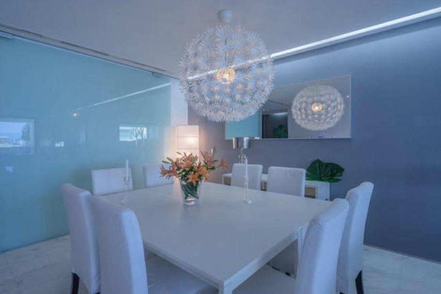 18 Ibiza Kingsize Apartment Es Pouet