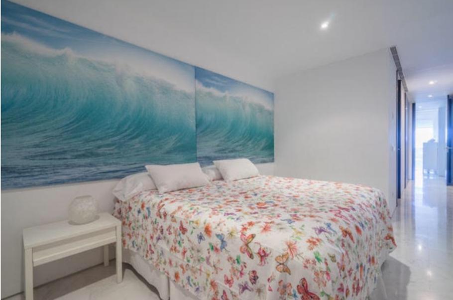 25 Ibiza Kingsize Apartment Es Pouet