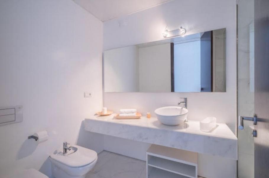 26 Ibiza Kingsize Apartment Es Pouet