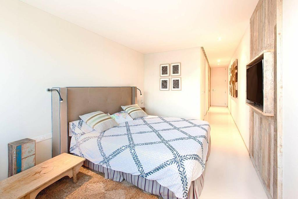 27 Ibiza Kingsize Apartment Es Pouet