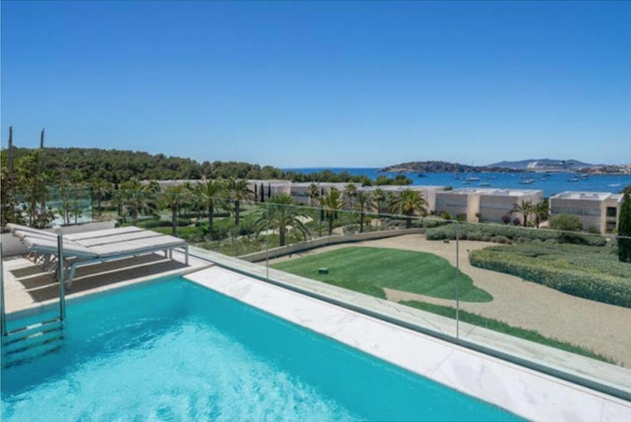 3 Ibiza Kingsize Apartment Es Pouet