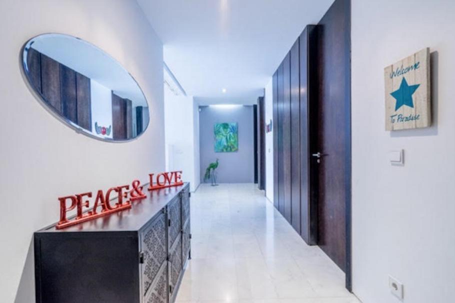 8 Ibiza Kingsize Apartment Es Pouet