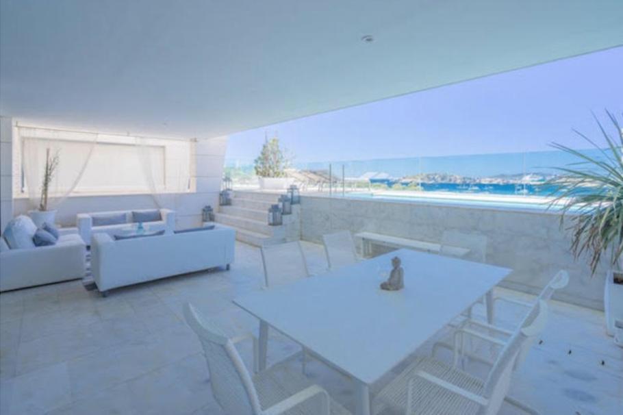 9 Ibiza Kingsize Apartment Es Pouet