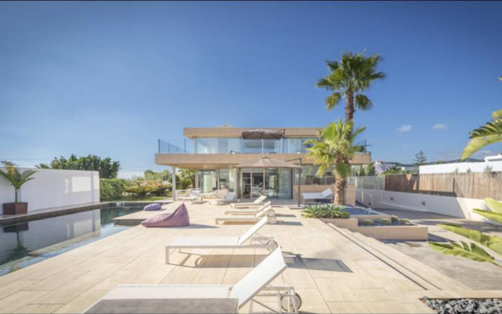 1 Villa In Sa Carocca Ibiza Kingsize.com
