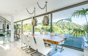 10 Villa In Cap Martinet Ibiza Kingsize.com