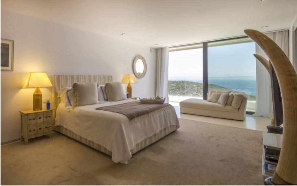 10 Villa In Roca Lisa Ibiza Kingsize.com