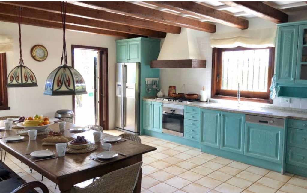 13 Villa In Es Cubells Ibiza Kingsize.com