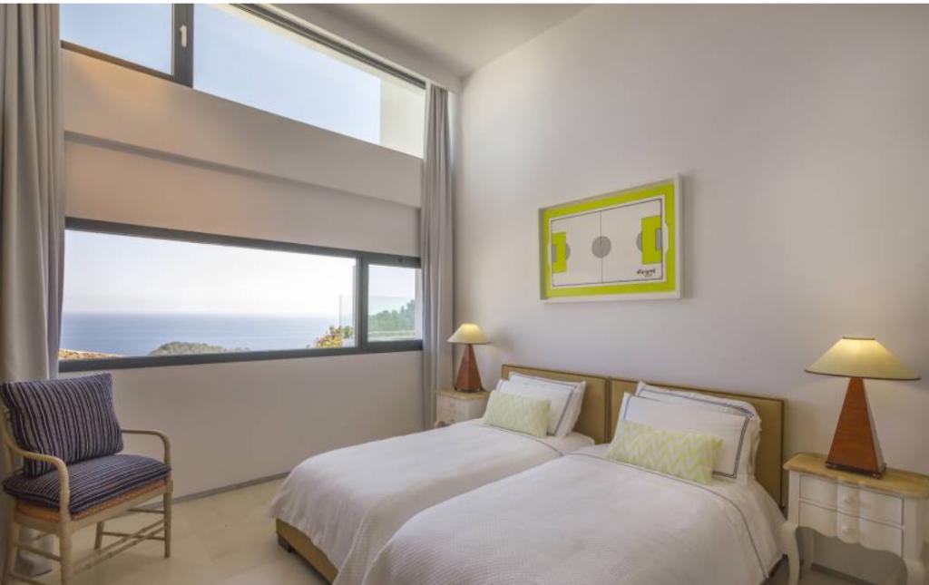 14 Villa In Roca Lisa Ibiza Kingsize.com