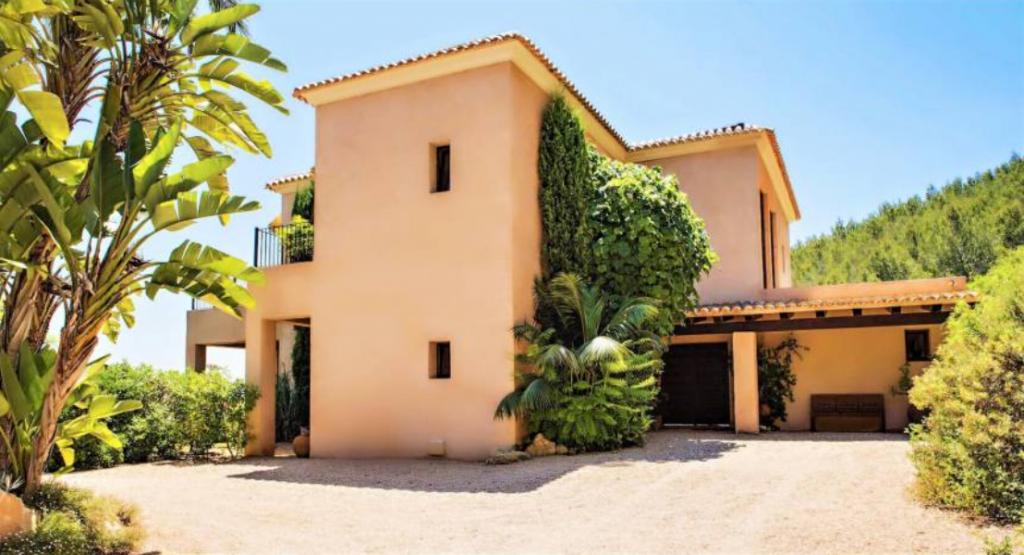 14 Villa In Santa Eulalia Ibiza Kingsize.com