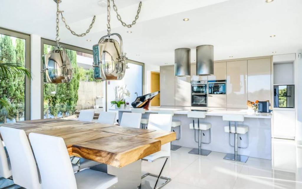 15 Villa In Cap Martinet Ibiza Kingsize.com