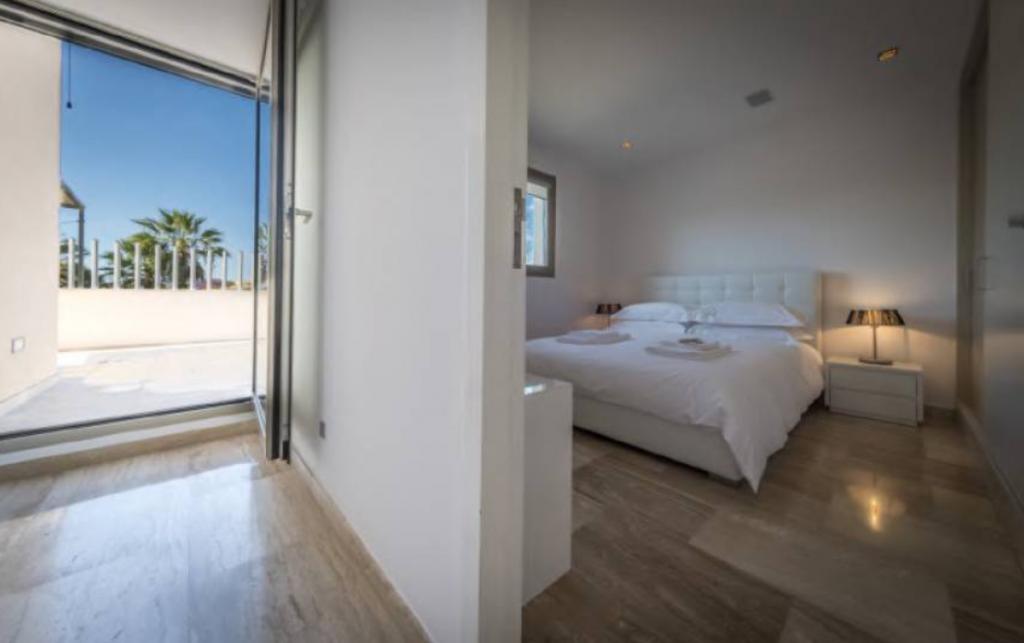 15 Villa In Sa Carocca Ibiza Kingsize.com