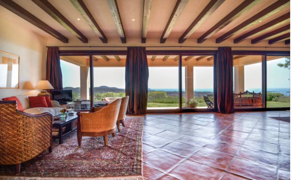 16 Villa In Santa Eulalia Ibiza Kingsize.com