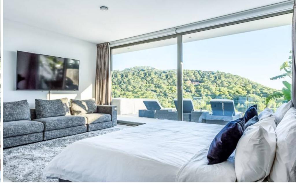 17 Villa In Cap Martinet Ibiza Kingsize.com
