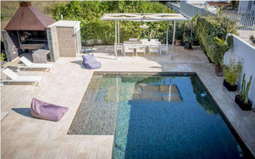 2 Villa In Sa Carocca Ibiza Kingsize.com
