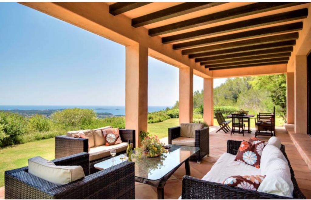 2 Villa In Santa Eulalia Ibiza Kingsize.com