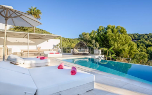 3 Villa In Cap Martinet Ibiza Kingsize.com