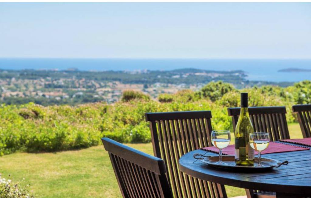 4 Villa In Santa Eulalia Ibiza Kingsize.com