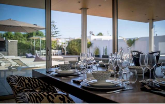 6 Villa In Sa Carocca Ibiza Kingsize.com