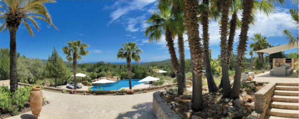 8 Villa In Es Cubells Ibiza Kingsize.com