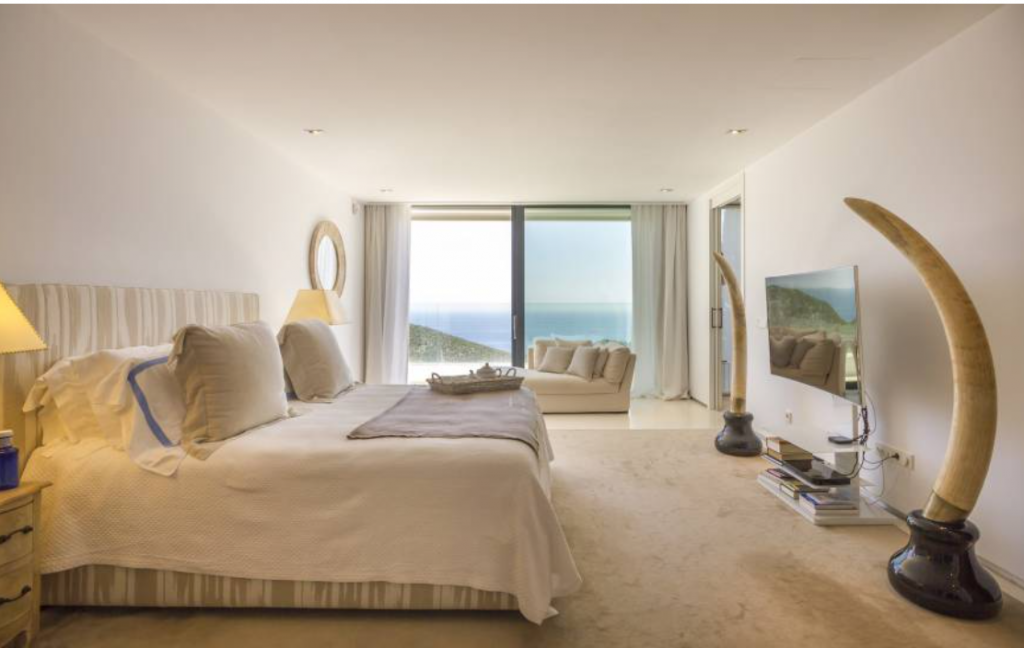9 Villa In Roca Lisa Ibiza Kingsize.com