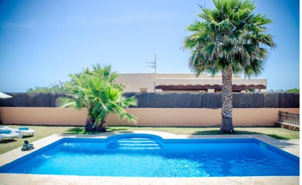 16 Villa Sant Jordi Ibiza Kingsize.com.jpg