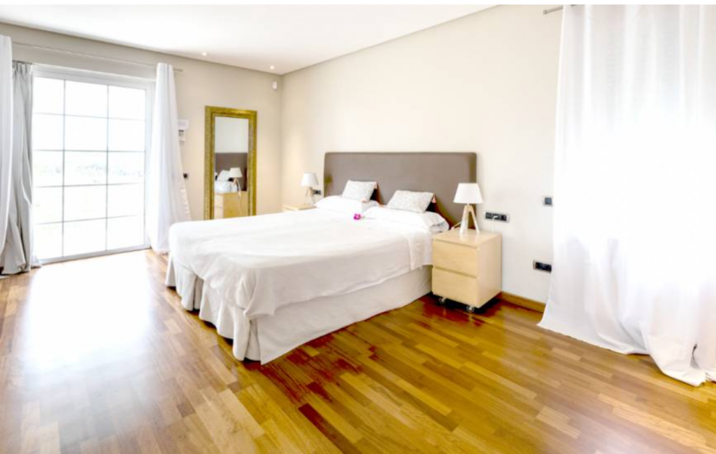 16 Villa Santa Gertrudis Ibiza Kingsize.com.jpg