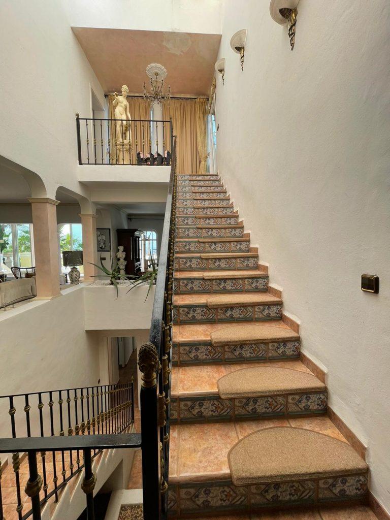 36 Villa In Santa Eulalia Ibiza Kingsize.com.jpg
