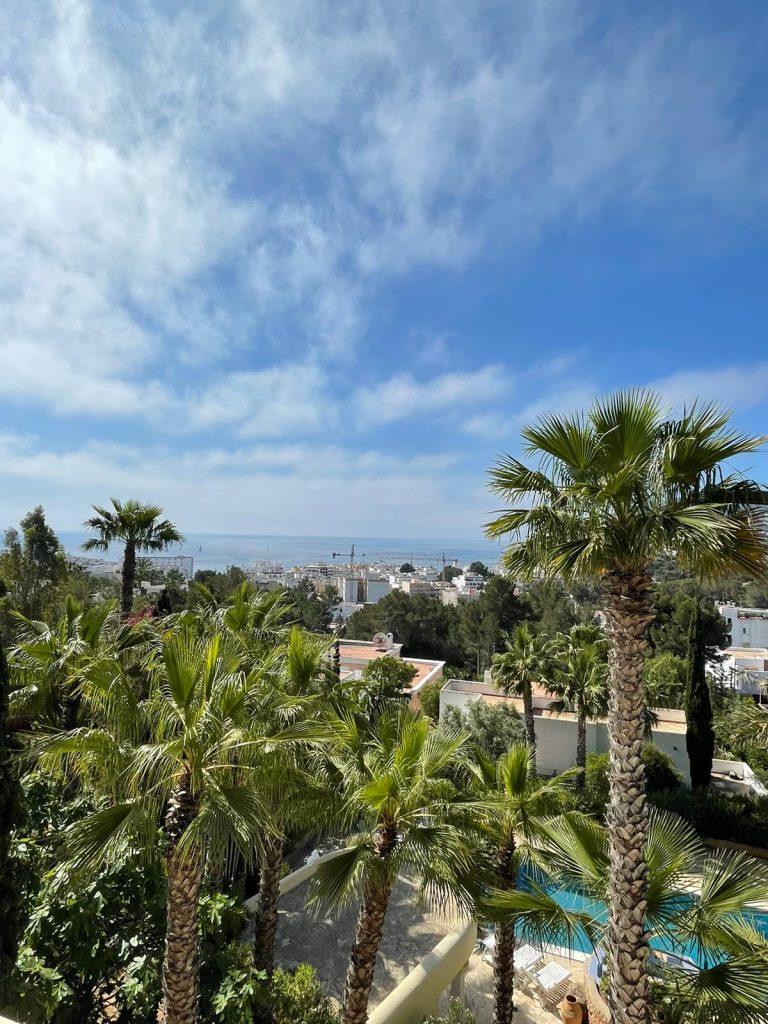 37 Villa In Santa Eulalia Ibiza Kingsize.com.jpg