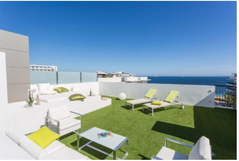 4 Penthouse Playa Den Bossa Ibiza Kingsize.com.jpg