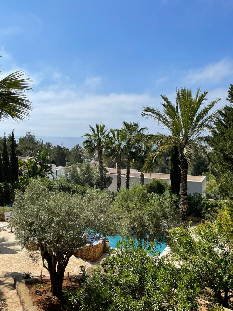 40 Villa In Santa Eulalia Ibiza Kingsize.com.jpg