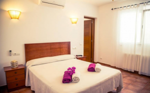 6 Villa Sant Jordi Ibiza Kingsize.com.jpg