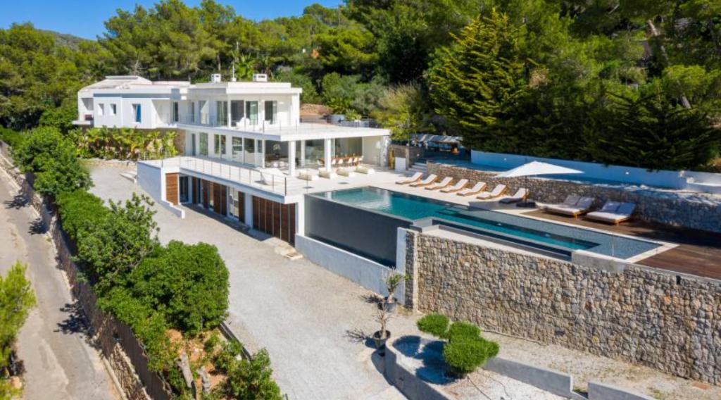 9 Villa Talamanca Ibiza Kingsize.com.jpg