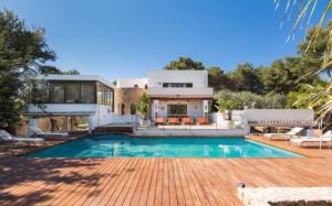 1 Villa Santa Eulalia Ibiza Kingsize.com.jpg