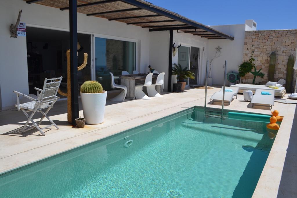 10 Apartment Roca Llisa 34 Ibiza Kingsize.com.jpg