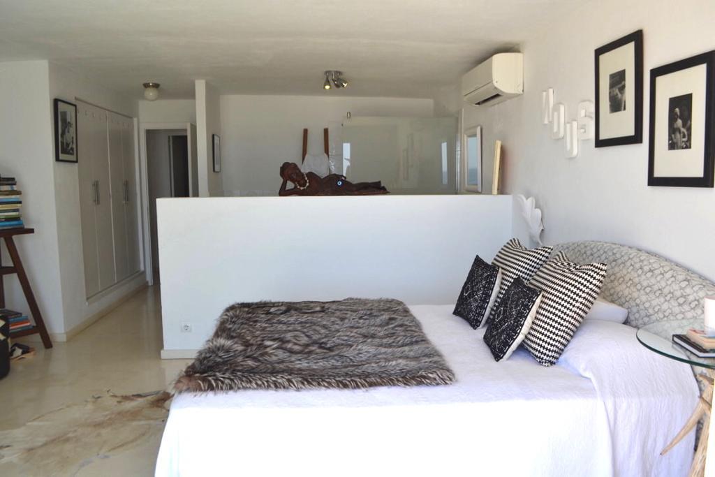 12 Apartment Roca Llisa 34 Ibiza Kingsize.com.jpg