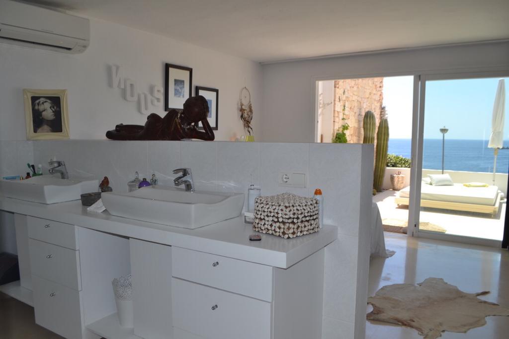 13 Apartment Roca Llisa 34 Ibiza Kingsize.com.jpg