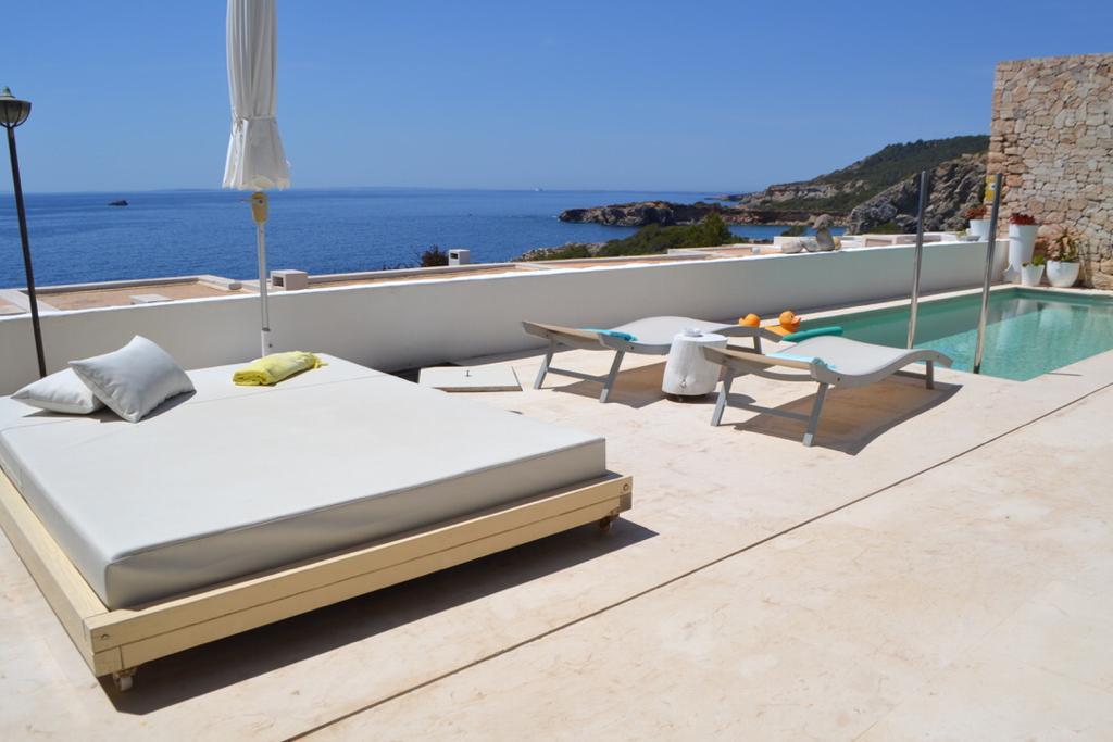 20 Apartment Roca Llisa 34 Ibiza Kingsize.com.jpg